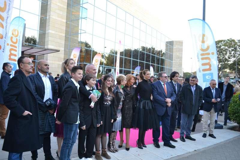 De izq a derecha: Martín Cuenca, Portela, Zamora, Josep Arbiol, Karmele Marchante, Ruth Gabriel, Jesús Ros, Diego Fernández y Juan Carlos Fulgencio. V. P.