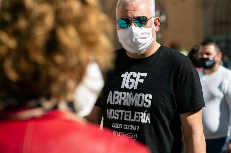 Protesta de los hosteleros, la semana pasada en Castellón. EFE/ Domenech Castelló