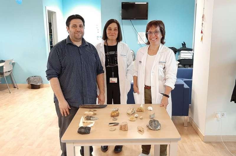 Taller de fósiles en el Hospital La Fe de València. EPDA