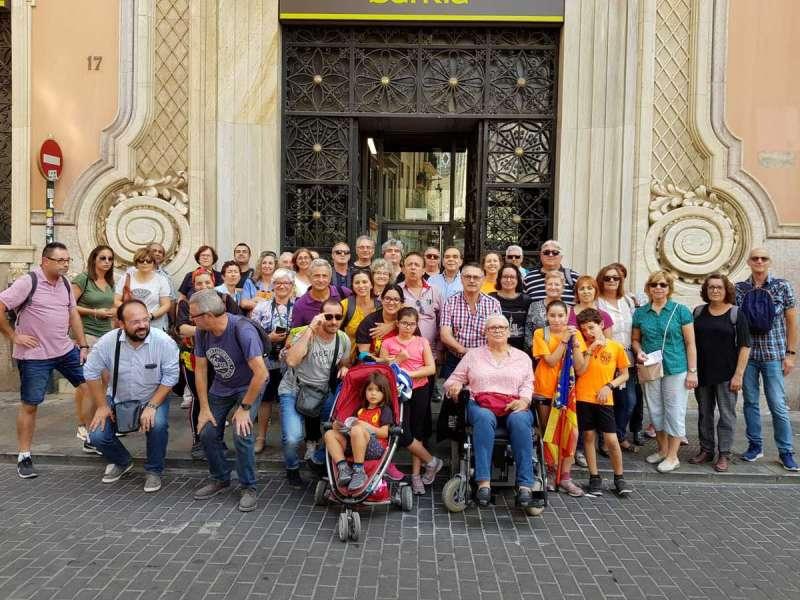 Foto de familia de los participantes en la excursión. / EPDA.