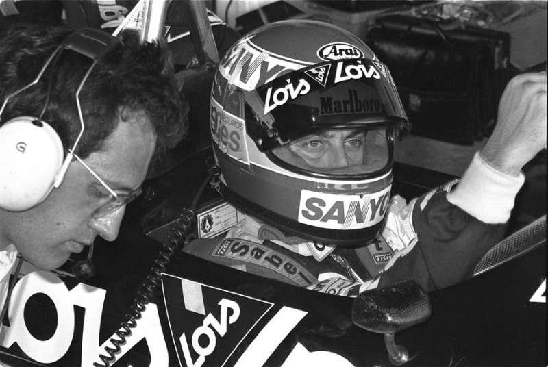 Imagen de Adrián campos cuando era piloto de Formula 1,X de la escudería LOIS-CIMARRON, en el Gran Premio de F-1 de Brasil. EFE/Archivo