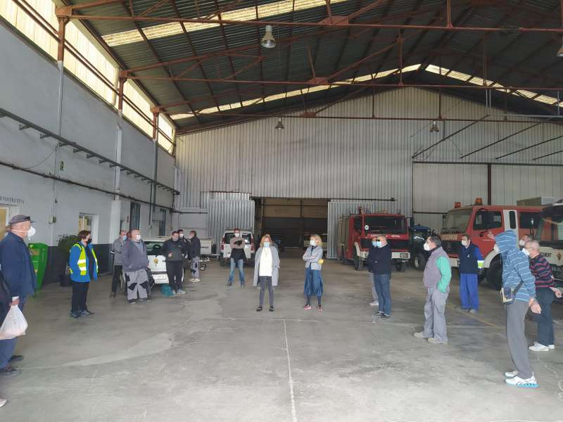 Vecinos que participan en el plan de empleo local. / EPDA