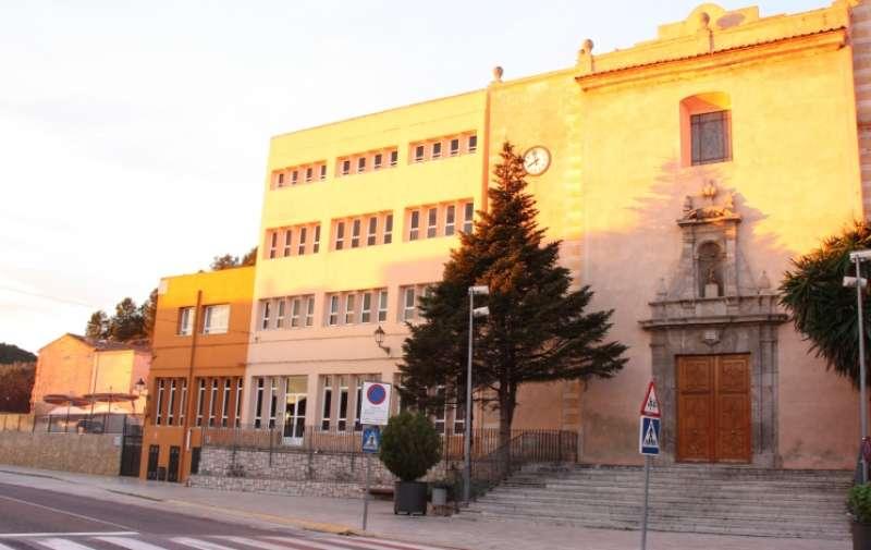 Colegio La Baronia.
