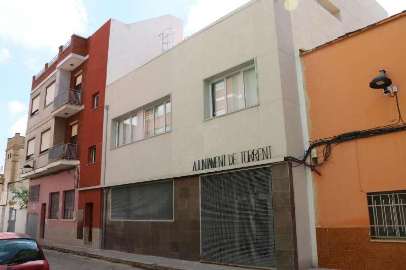 Sede de la escuela oficial de idiomas en Torrent.