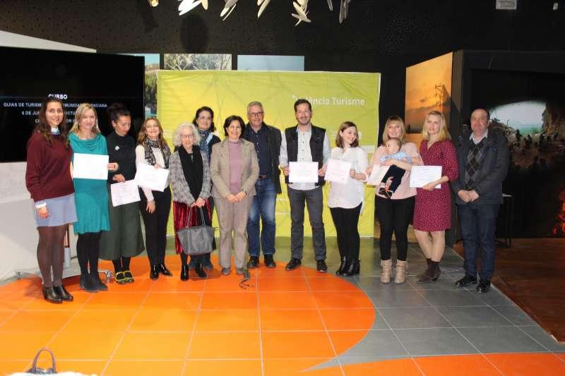 Entrega de Diplomes del Curs de Guies de Turisme.