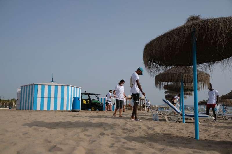 Imagen de la jornada en la playa del Cabañal.