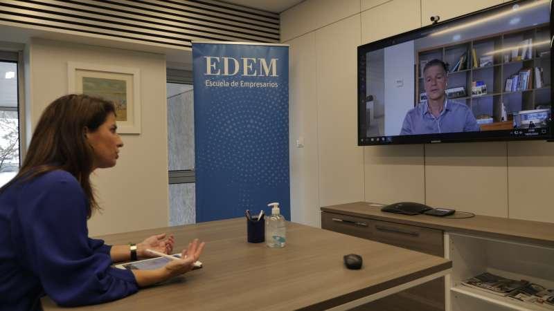 Acuerdo EDEM-CaixaBank. / EPDA