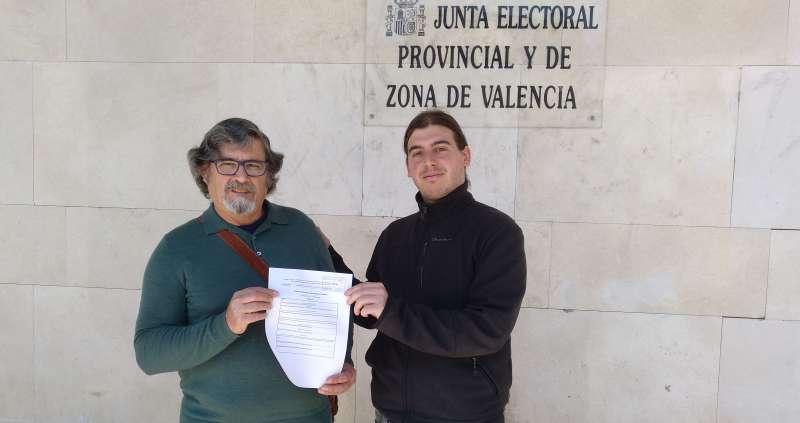 Representantes de Totes amb Burjassot y Podemos./epda