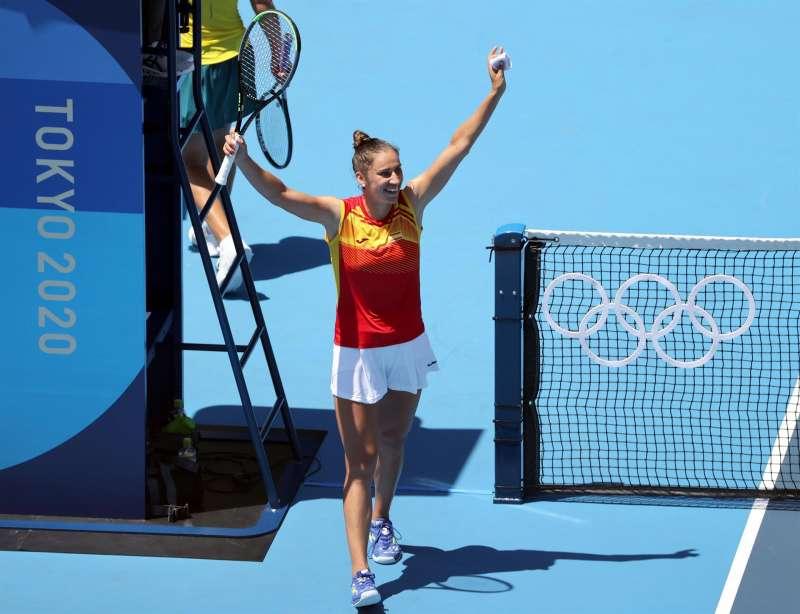 La tenista castellonense Sara Sorribes elimina a la australiana Ashleigh Barty, cabeza de serie. EFE/EPA/WU HONG