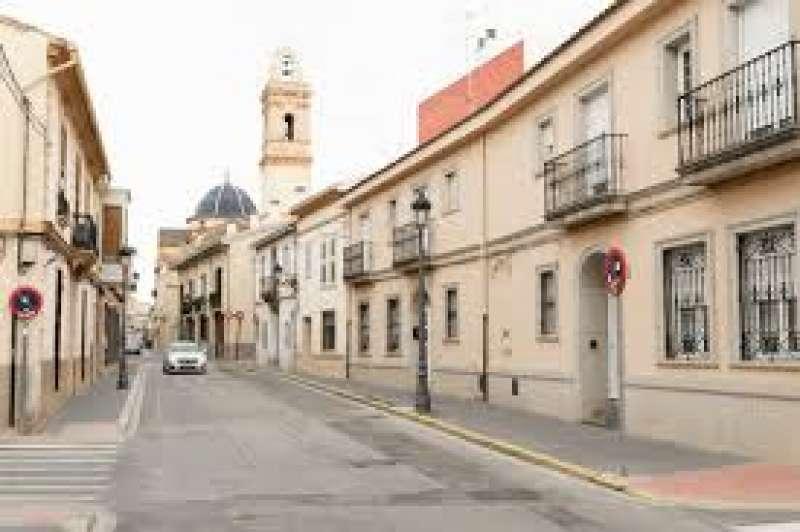 Calle céntrica de Godella.