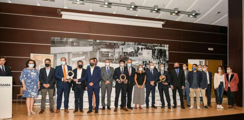 Los glardonados con el premio Alfa de Oro.
