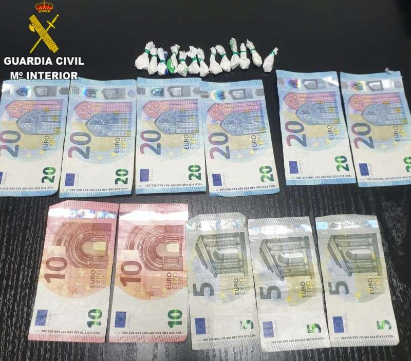 Dinero en efectivo requisado en la operación. / EPDA