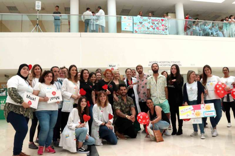 Foto grupo Día Niño Hospitalizado La Fe