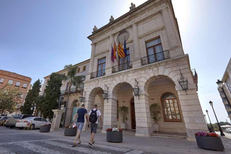 FAchada del Ayuntamiento de Gandia. EFE/Natxo Francés/Archivo