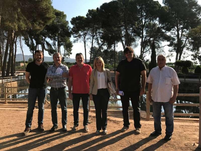 Josep Bort, Maria del Pilar Álvarez amb tècnics de la Diputació i regidors de Quart de les Valls. EPDA