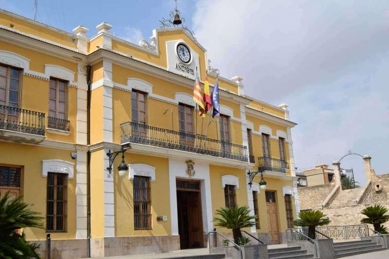 Fachada del Ayuntamiento de Burjassot.
