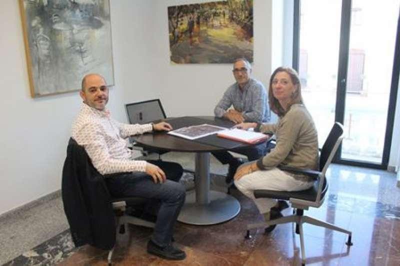 Jiménez, Sanchís y Oliveros, en la reunión. EPDA