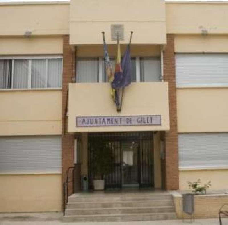 Fachada del Ayuntamiento de Gilet. EPDA