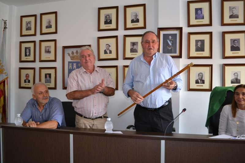Víctor Mateu cuando fue nombrado alcalde de Torres Torres. EPDA