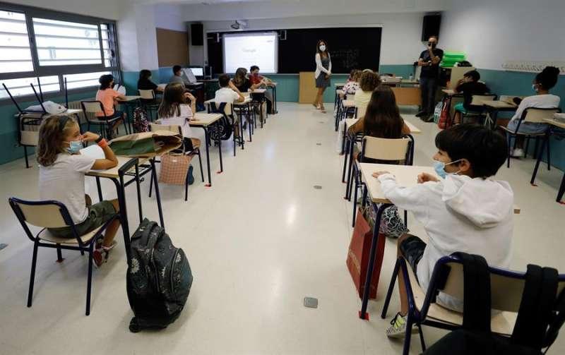 Un aula de un centro educativo de València durante la primera jornada de la