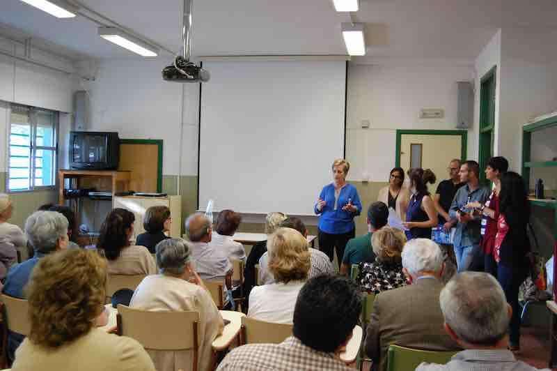 Alcaldesa de El Puig en reunión con ciudadanos. EPDA