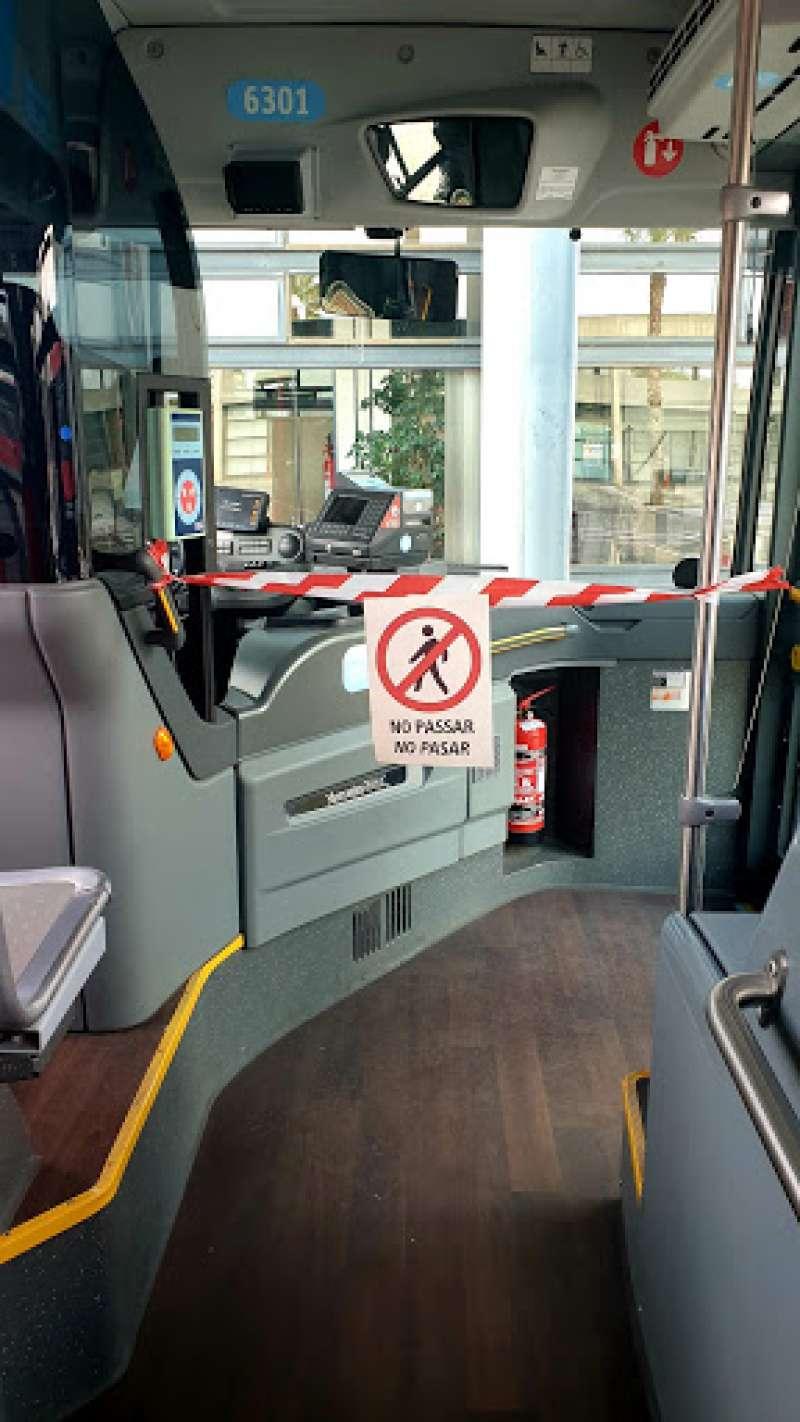 Medidas contra la Covid-19 en un autobús de la EMT. EPDA