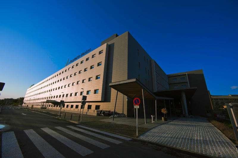 Fachada del hospital de Manises