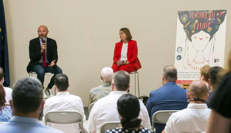 El presidente de la Diputació, Toni Gaspar, y la presidenta de PIROVAL, María José Lora, durante la presentación del proyecto