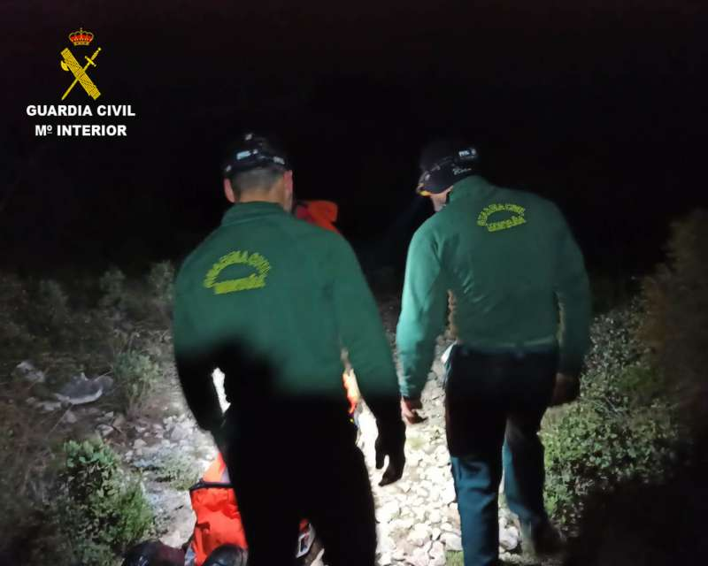 Guardia Civil en plena operación. EPDA