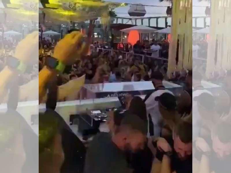 Imagen de uno de los vídeos de la fiesta en el Marina Beach de València que se han hecho virales.