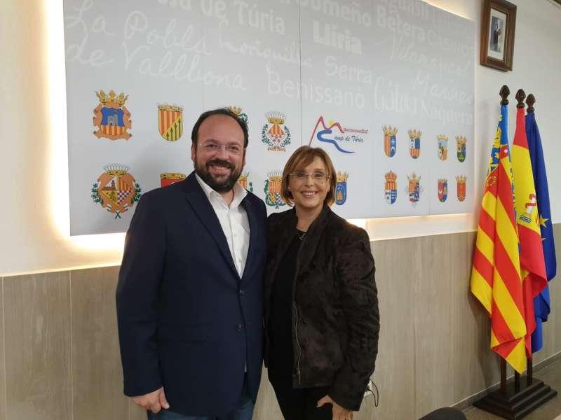 Xavier Jorge, vicepresidente de la Mancomunitat junto a la presidenta. - EPDA