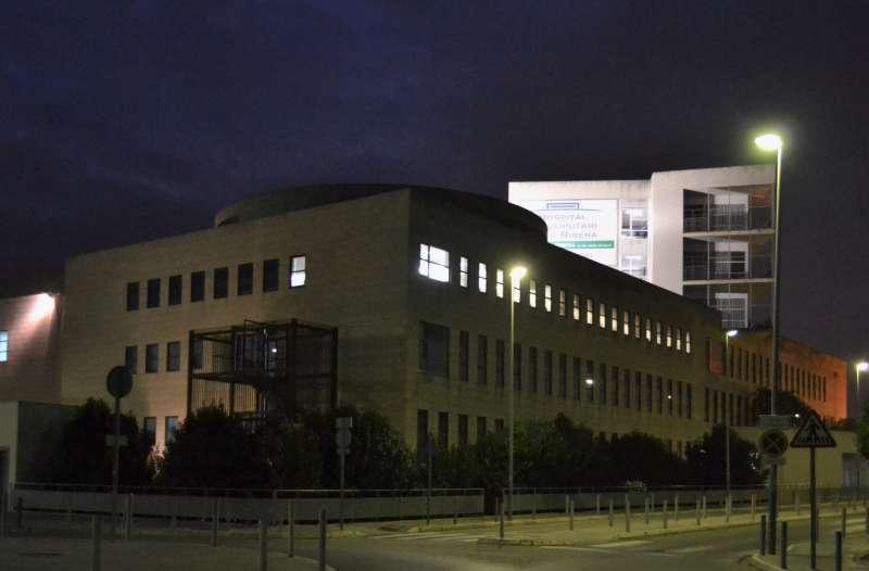 Hospital de La Ribera de noche. EPDA