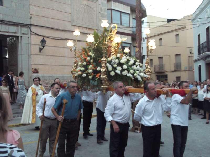 Imagen de Santa Ana en procesión. EPDA