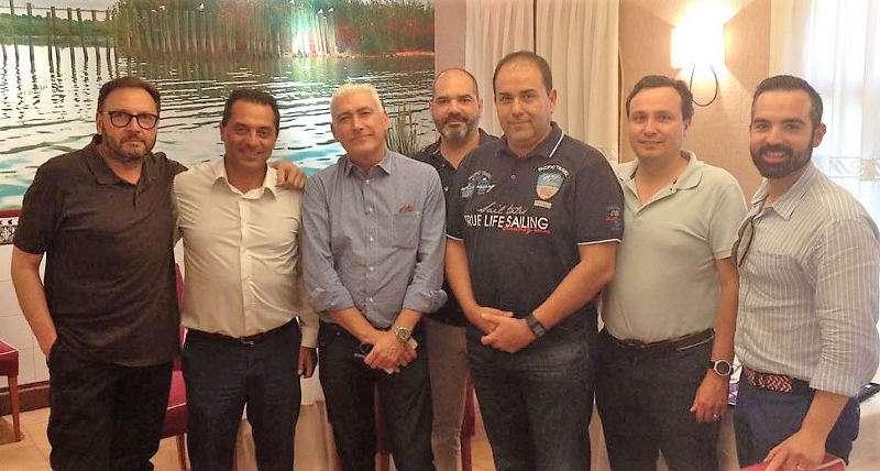Empresarios de Beniparrell en la Constitución de la nueva asociación AEMBE. EPDA