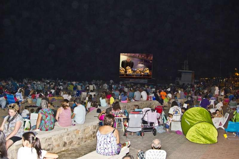 Cinema a la platja. / EPDA