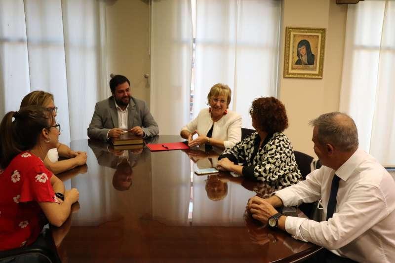 Visita de la consellera a Rafelbunyol. EPDA
