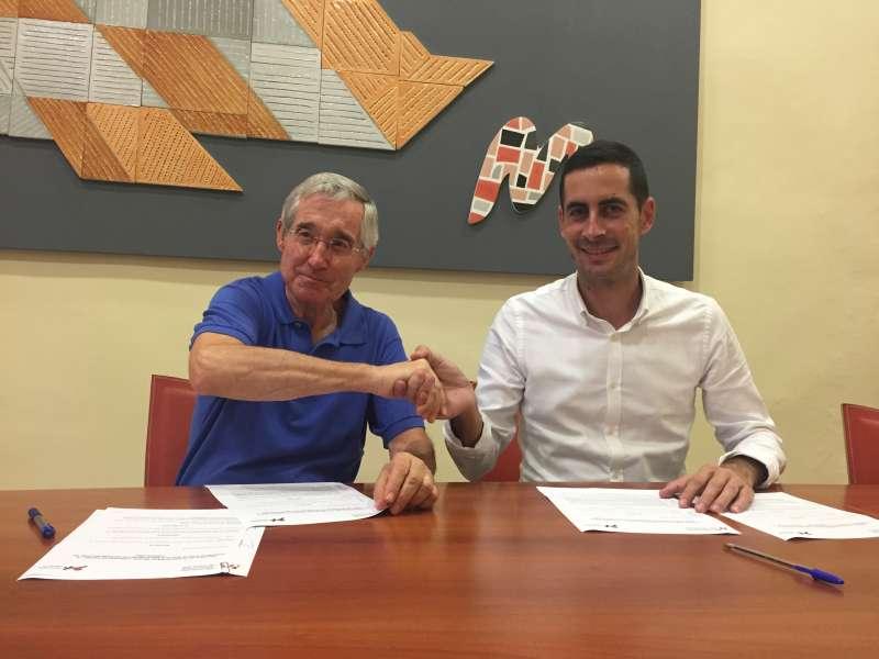 Firma del convenio entre la Mancomunitat y la Fundación de l