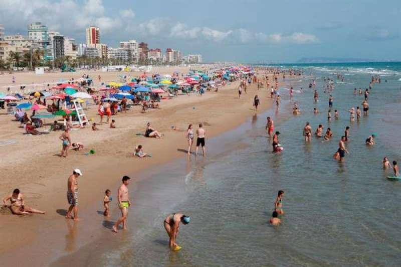 La playa de Gandia en una imagen de archivo.