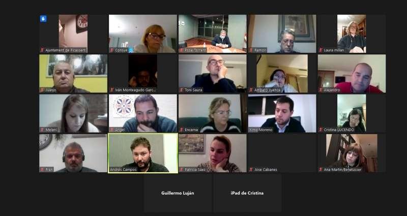 Reunión de miembros de la ejecuiva comarcal del PSOE de l