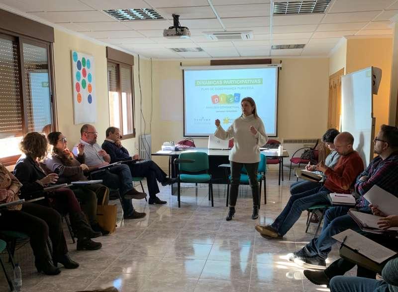 Actividad impartida por la coach y auditora Eva Cuevas durante la reunión. EPDA