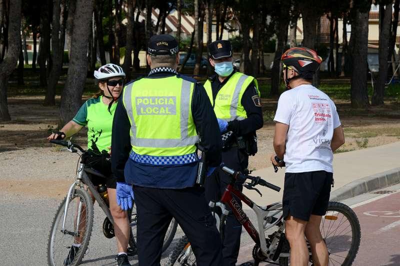 Agents de la Policia Local de Paiporta intensifiquen els controls