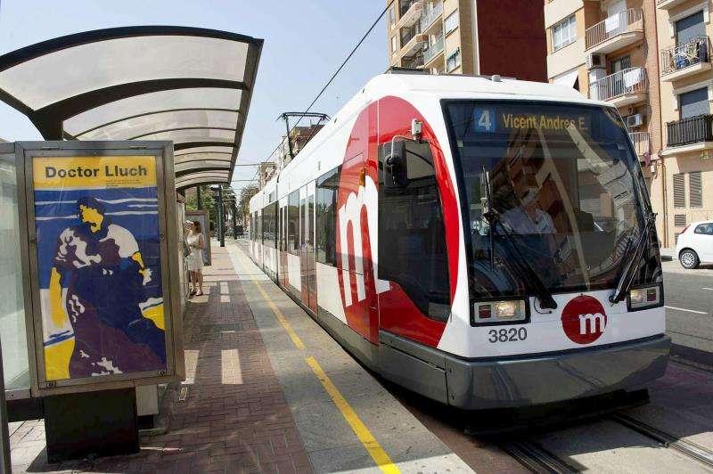 Un tranvía de Ferrocarrils de la Generalitat Valenciana (FGV). EFE/Archivo
