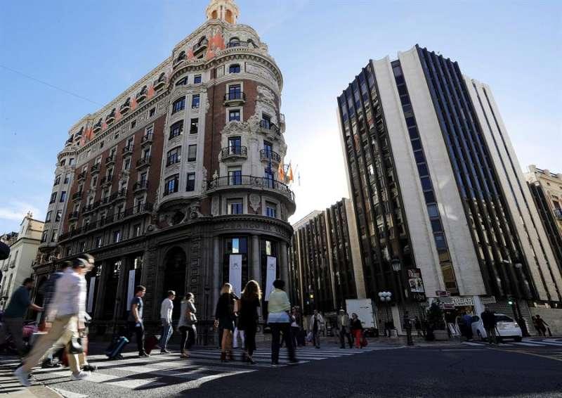 Imagen de archivo del edificio donde estaba el Banco de Valencia. EFE/Manuel Bruque/Archivo