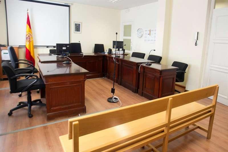 Imagen de la sala de vistas de un juzgado. EFE/Archivo