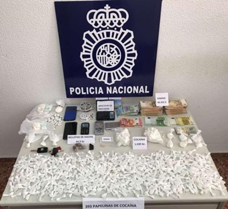 Material intervenido por la policía. EPDA
