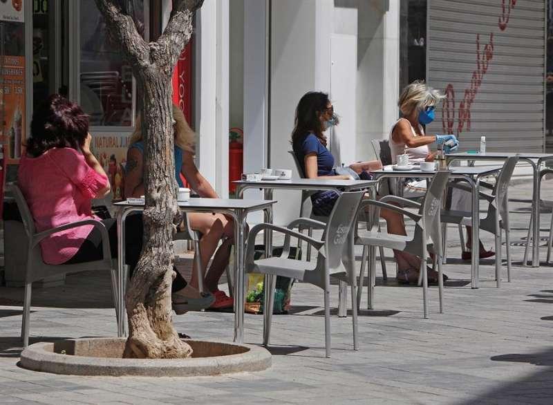Una  terraza de un bar, en una imagen de archivo. EPDA