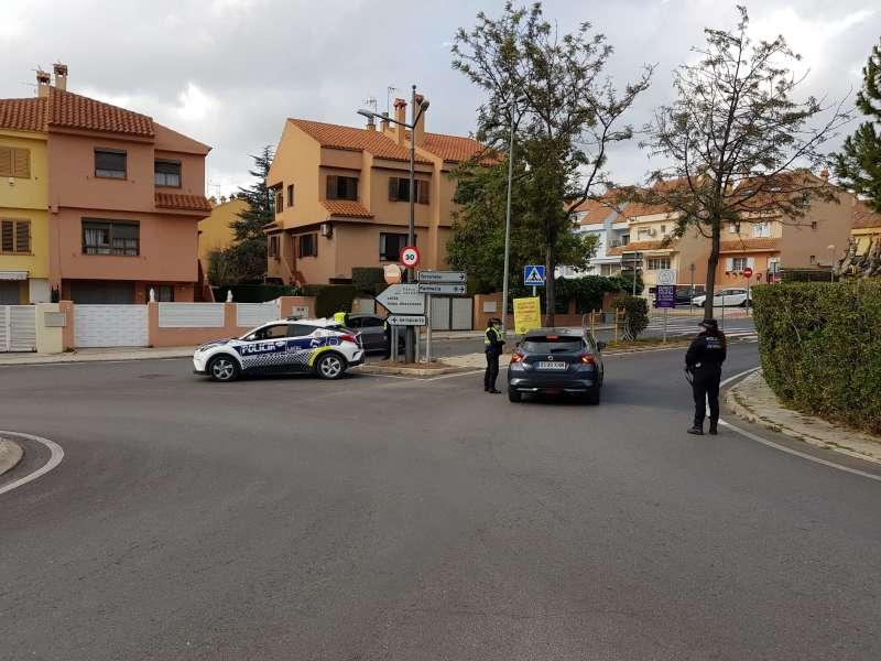 Control policial en Paterna. epda