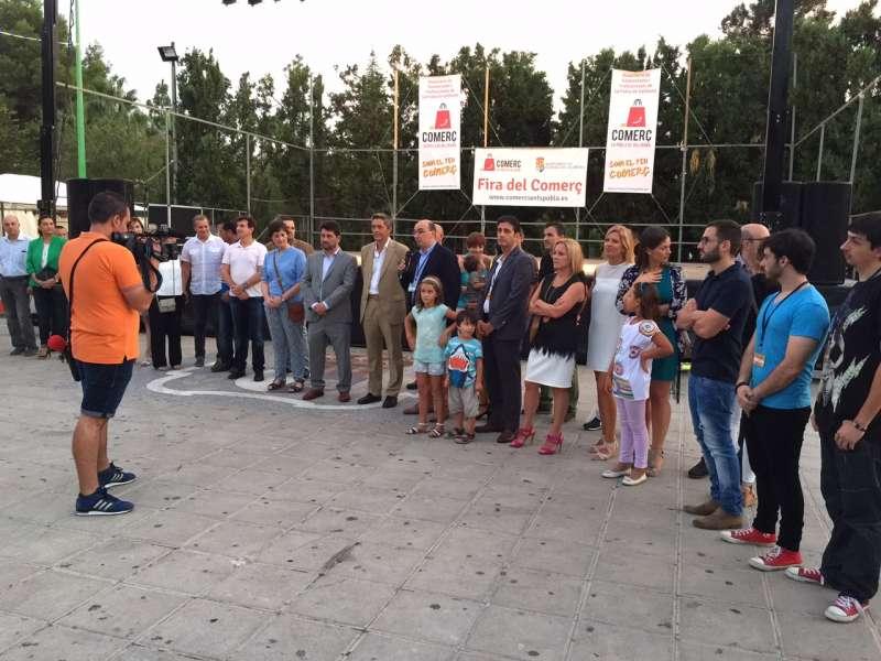 Moment de la inauguració de la Fira de Comerç de La Pobla. //EPDA
