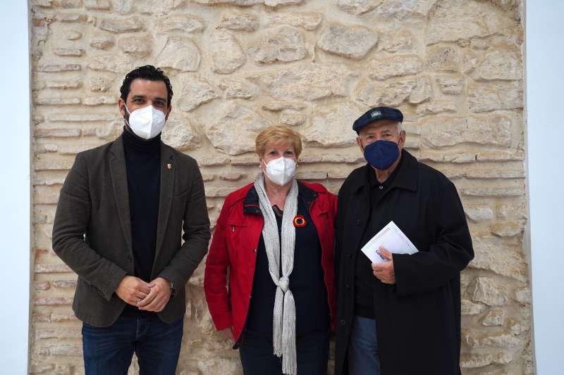 Sagredo junto con Maruja Badia y Nassio Bayarri