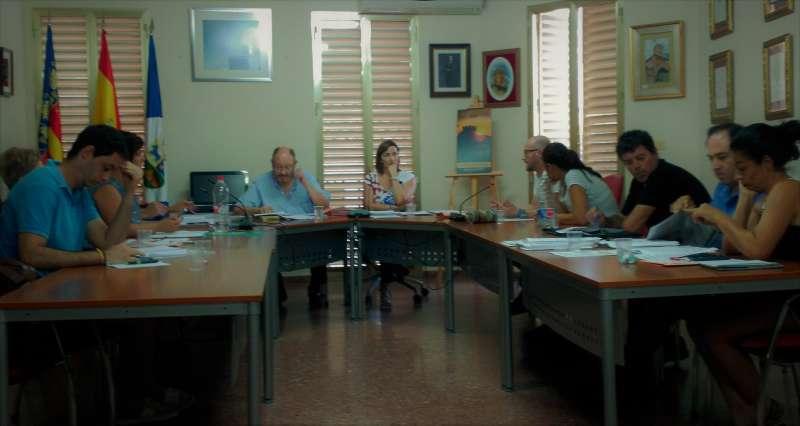 Una imatge del pleno de Benissanó. //EPDA
